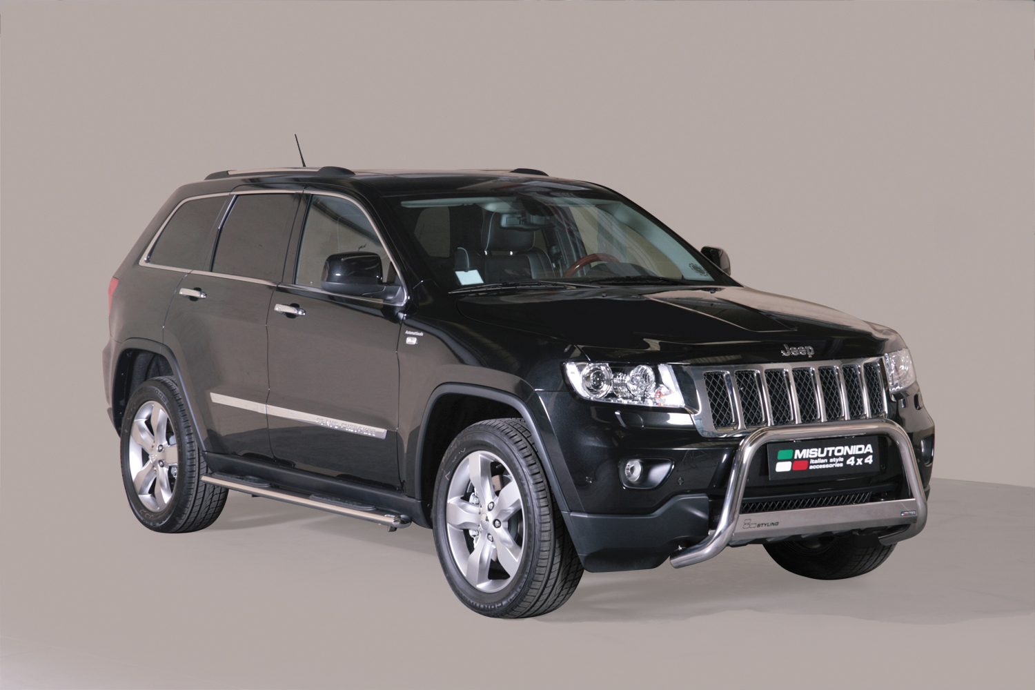 tubes marche pieds inox 76 jeep grand cherokee 2011. Black Bedroom Furniture Sets. Home Design Ideas